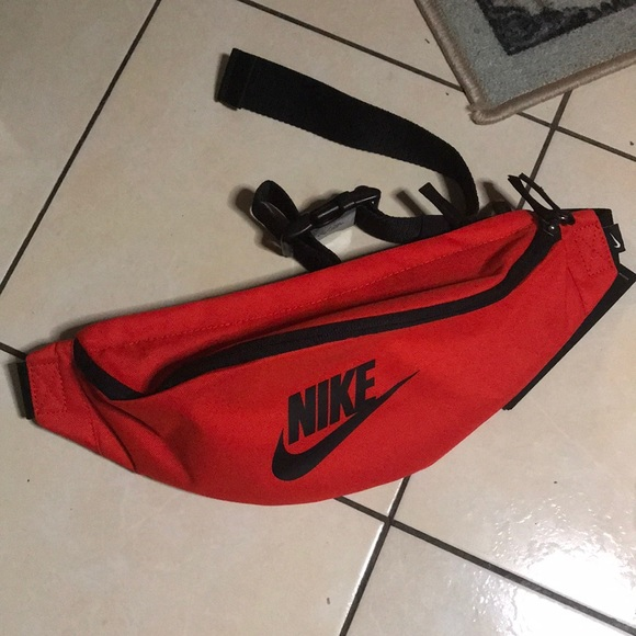 d81f5df271fa Nike waist pack red brand new summer must have NWT